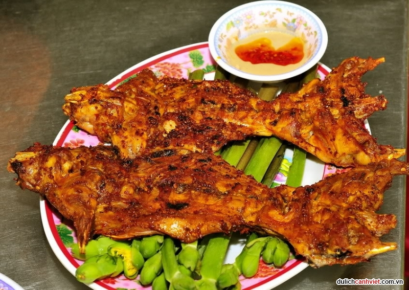 Du-lich-canh-viet-chuot-nuong